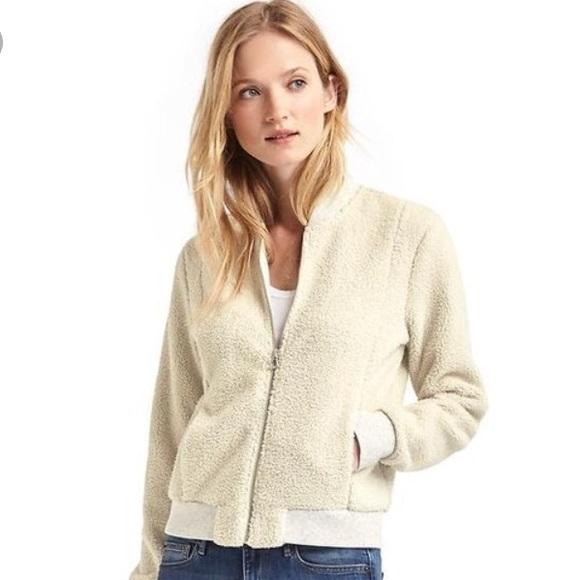 a4152ff614e4 GAP Jackets   Coats